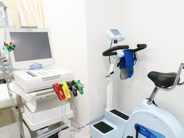 負荷心電図検査装置